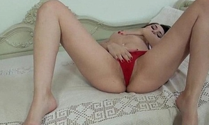 Stacy Snake fucks her pussy with her hairbrush 2