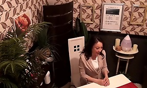 Épouses Sex-mad à la provocation de la tentation de laisser le chaud Uzuka co Ma élaborer la peinture Naff Acme Jukutsuma Este liquide ebullience