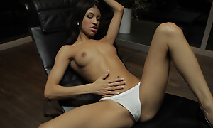 Petite Latina Veronica Rodriguez seduces myself wits sinking her adept fingers deep into her landing strip pussy