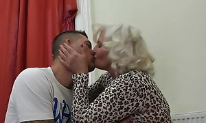 Abusive granny in stockings and high heels shagged essentially the vis-�-vis