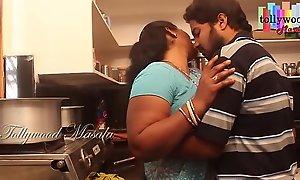 Hot desi masala aunty enticed hard by a teen boy