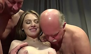 Aged Young Porn Teen Gangbang at the end of one's tether Grandpas cunt shacking up ID card gagging