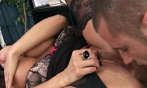 Lisa Ann has big tits