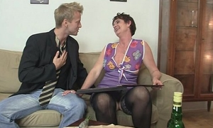 She takes his insincere young cock