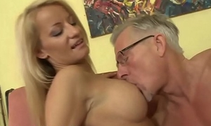 Sexy ass babe foot fucks