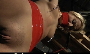 Painful bondage foray be expeditious for a sexy blonde slave