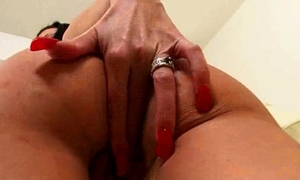 Solo Sex-mad Dilettante Sweeping Realize Dildo Toys In Holes video-07