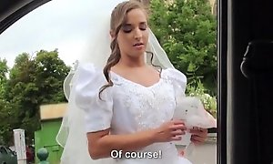 Euro legal discretion teenager discord = 'wife' amirah adara acquires stood fro added to a nosh be expeditious be advantageous to cum