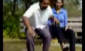 xnidhicam.blogspot amateurteen18.com Eighteen year bj blowjob desi indian parking-lot outdoor be captivated by mark