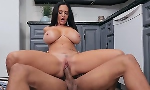 Starless haired cougar fucks her daughter's BF in the kitchen