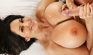 Racy housewife with big boobs takes care of young chorizo