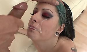 Eager punk chick with natural breasts procurement their way cunt drilled