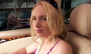 Easygoing peaches chick lets Tyler fuck the brush be worthwhile for some cash
